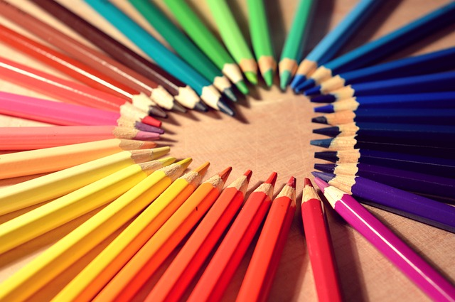 アクセサリーを作るなら色の組み合わせがポイント!